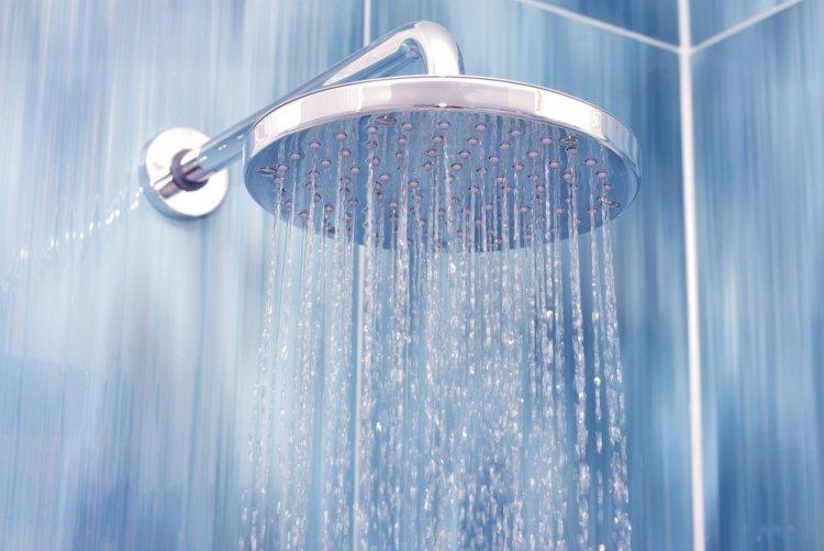 Менять ванну на душевую кабинку вредно для здоровья
