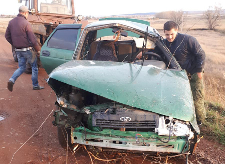 В Башкирии опрокинулся ВАЗ-2110, погиб молодой мужчина