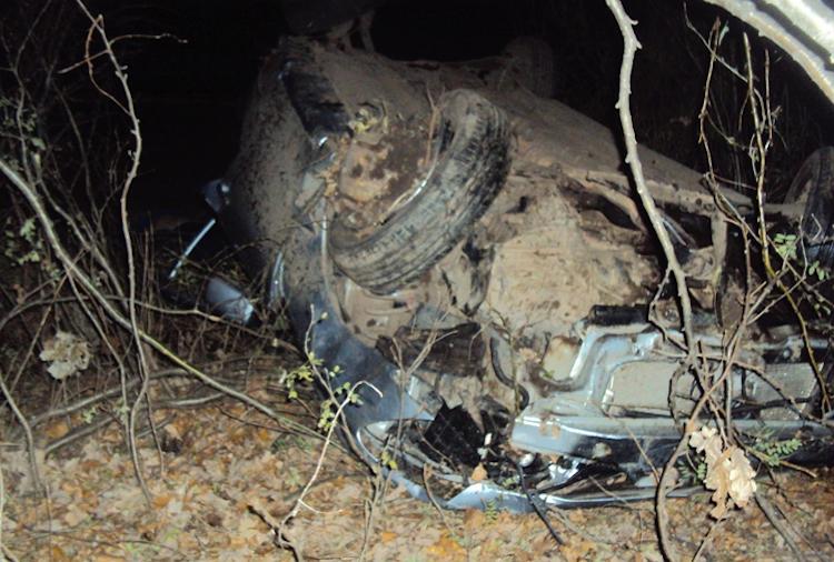 Водитель погиб при опрокидывании машины в кювет в Башкирии