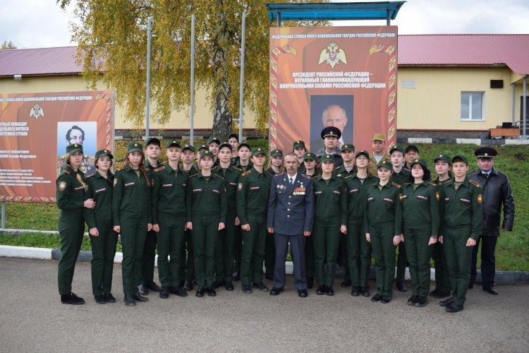 В Уфе кадеты Росгвардии принесли клятву на верность Отечеству