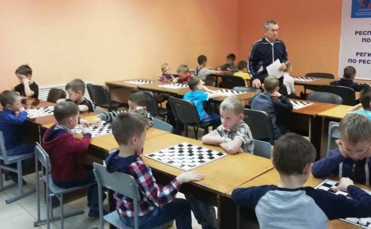 В Стерлитамаке провели шашечные состязания детсадовцев