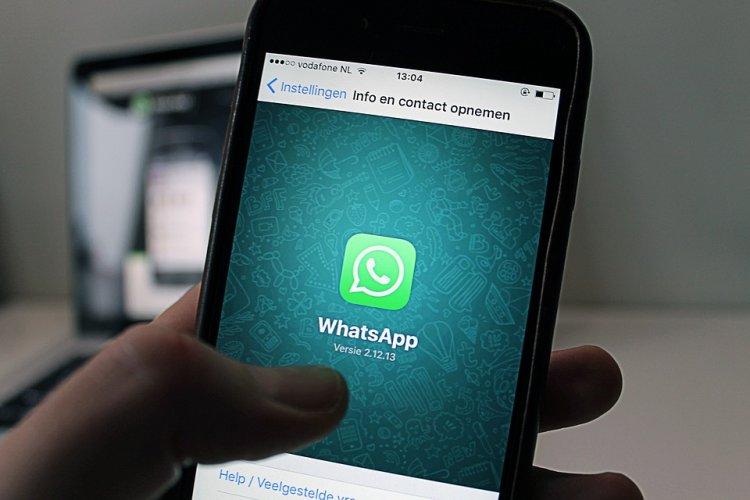 Мессенджер WhatsApp анонсировал появление собственных стикеров