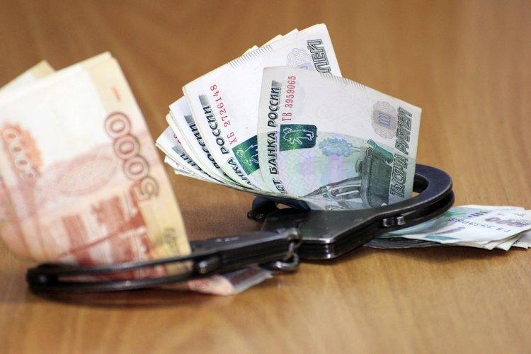 В Уфе чиновника приговорили к многомиллионному штрафу за взятку