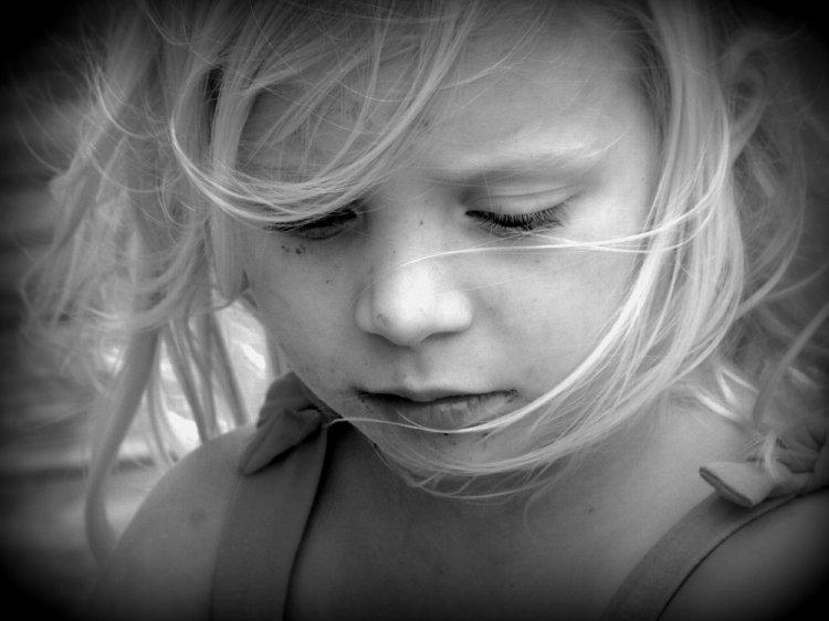 В Уфе горе-мать морила 12-летнюю дочь голодом и выгоняла из дома-наркопритона
