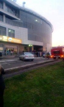 В Уфе эвакуировали 600 человек из-за задымления в ТЦ