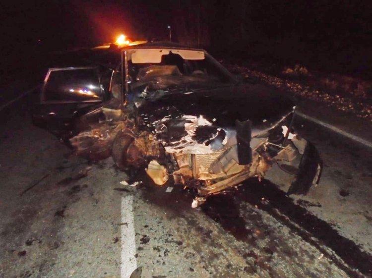 В Башкирии лоб в лоб столкнулись 2 машины, есть погибший