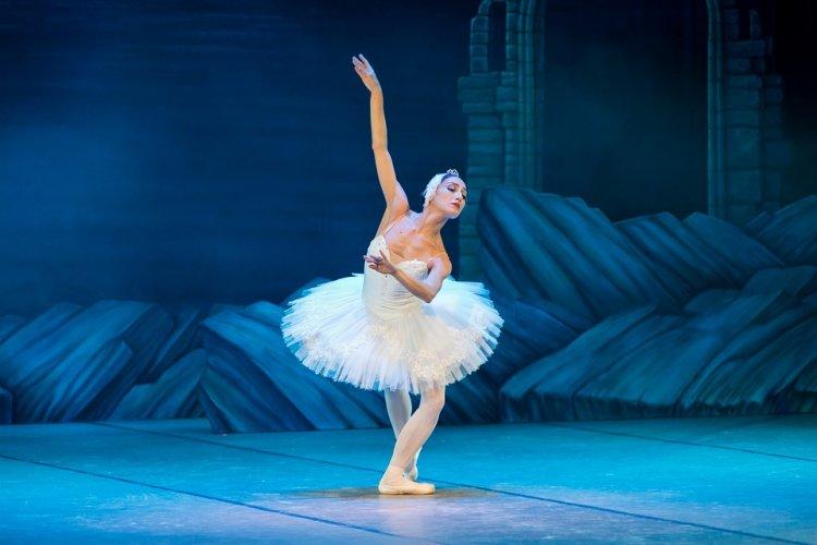В Башкирии артист балета получил производственную травму из-за плохого покрытия пола