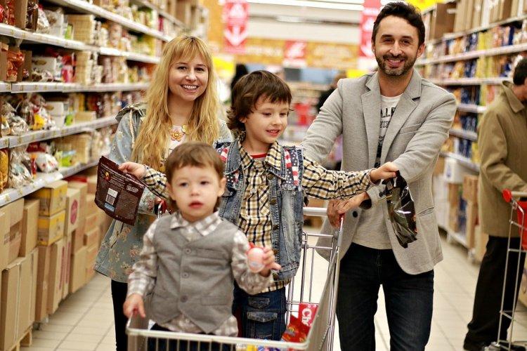 Роспотребнадзор предупредил россиян об обмане на новогодних распродажах