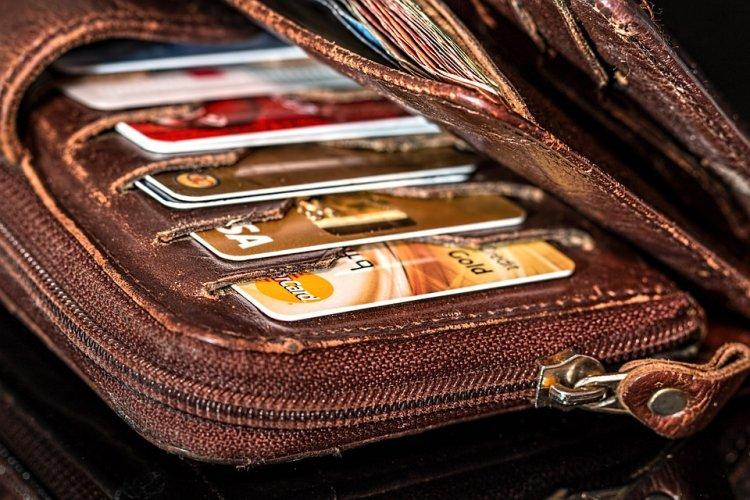 Просроченные штрафы ГИБДД будут сниматься с банковских карт в минимальные сроки