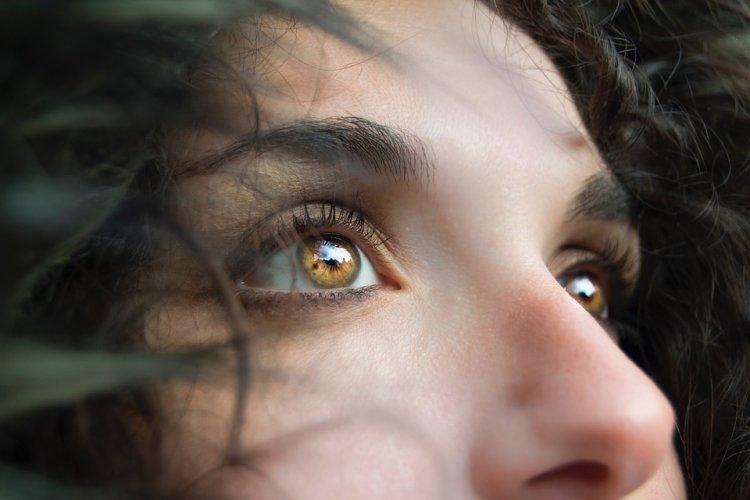 Ученые научились по носу человека определять, лжет он или нет