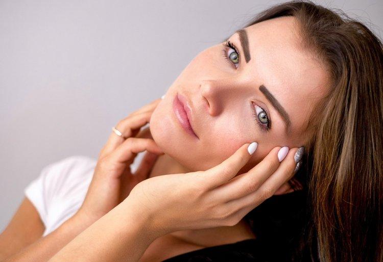 8 дешевых аптечных средств, которые могут заменить дорогую косметику