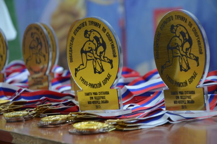 Уфа, Кумертау и Сибай примут участников республиканских соревнований по греко-римской борьбе