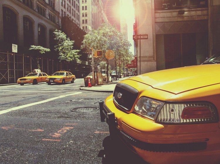 «Яндекс.Такси» позволяет вызвать сразу несколько автомобилей