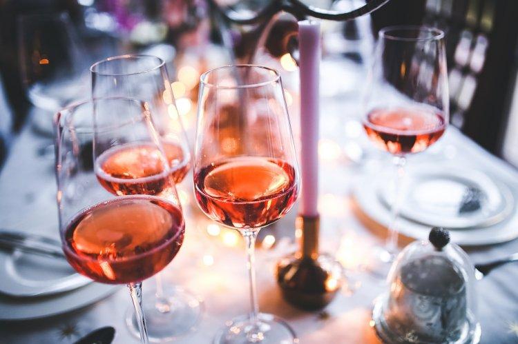 Эксперты Роскачества объяснили, как выбрать хорошее вино