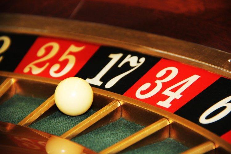 В Уфе 25-летняя девушка обвиняется в организации подпольного казино