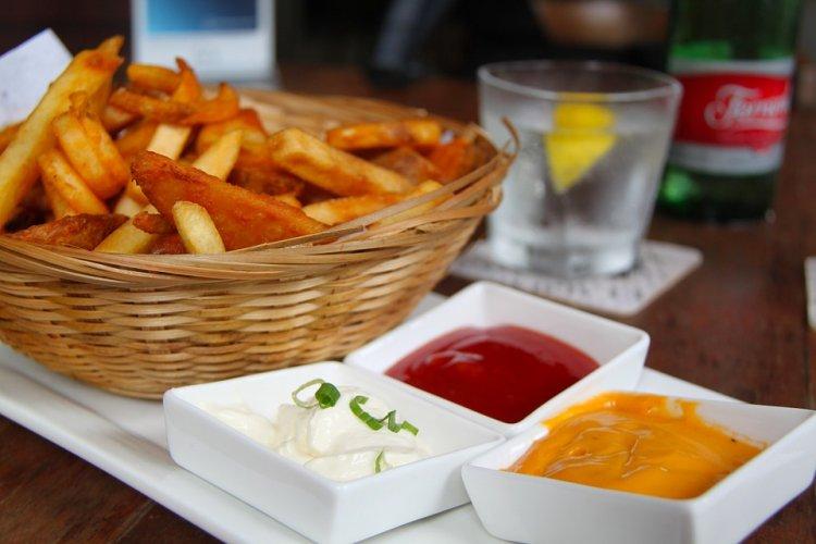 Врачи назвали самое вредное блюдо из картофеля