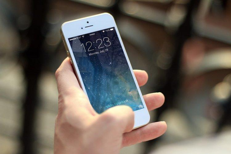 Ученые выяснили, что смартфоны в семь раз грязнее сидений унитазов