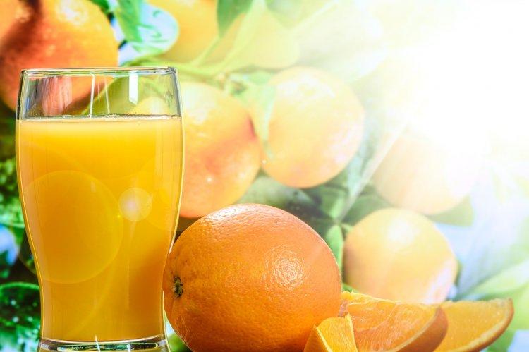 Названы лучшие и худшие марки апельсинового сока