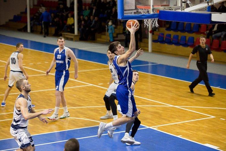 «Уфимец» возвращается из Барнаула с двенадцатой победой в чемпионате