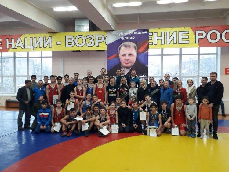 Команда СШОР по спортивной борьбе РБ стала лучшей на Республиканском турнире по греко-римской борьбе памяти Н. Мазова