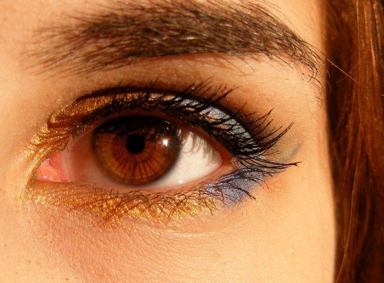 Людям с карими глазами грозит серьезная опасность зимой