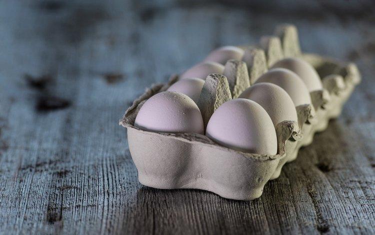 «Девяток яиц, пожалуйста»: в российских магазинах появилась новая тара для яиц