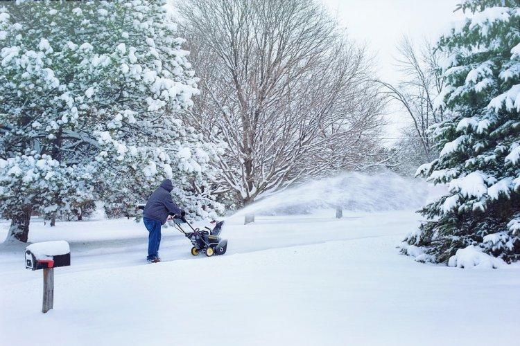 Снегопад и метель: на Башкирию надвигается циклон