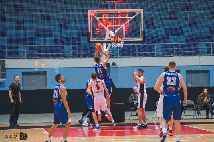 Баскетболисты «Уфимца» побеждают в Чебоксарах и продолжают лидировать в Суперлиге
