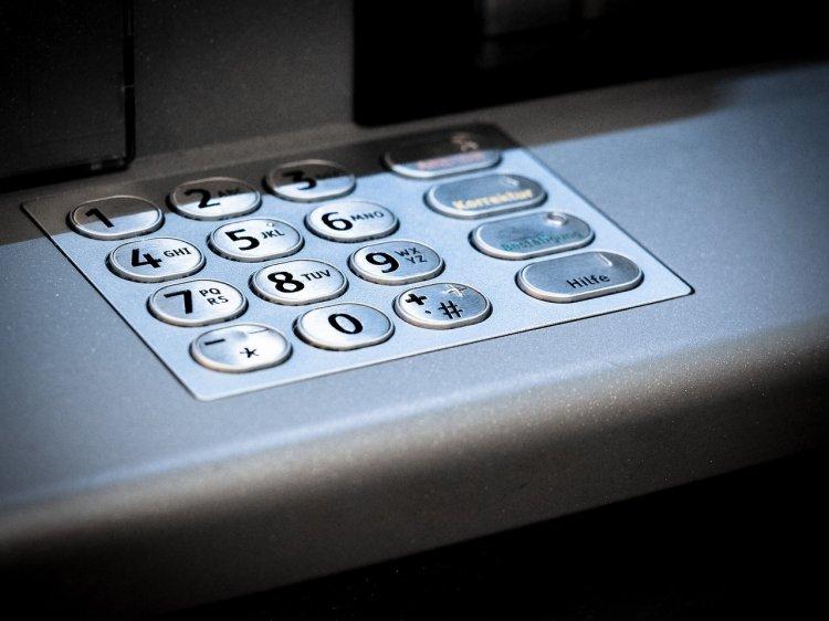 В Уфе четверо грабителей два раза неудачно пытались взорвать банкоматы