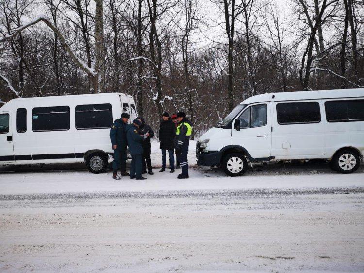 В Уфе столкнулись две маршрутки: пострадали 3 женщины
