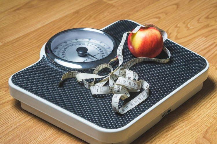 Медики назвали 6 причин увеличения веса у женщин старше 40 лет