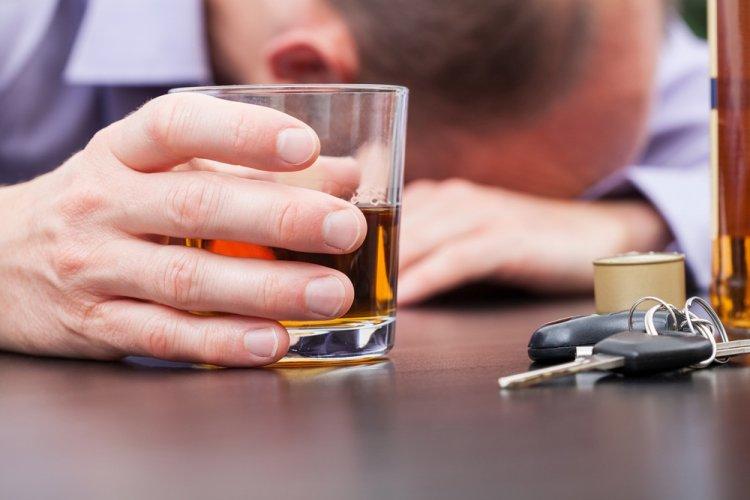 70 процентов трудоспособных мужчин в РФ умирают от алкоголя