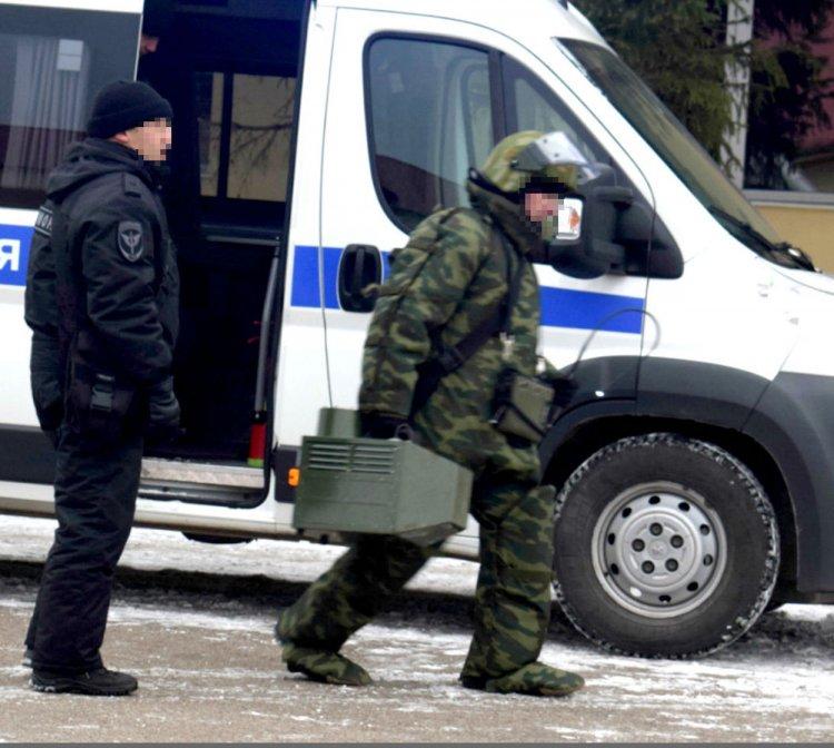 В Башкирии взрывотехники ОМОНа Росгвардии уничтожили взрывоопасный снаряд