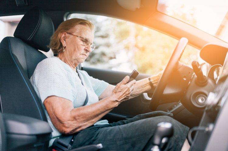 В каком возрасте нельзя садиться за руль автомобиля?