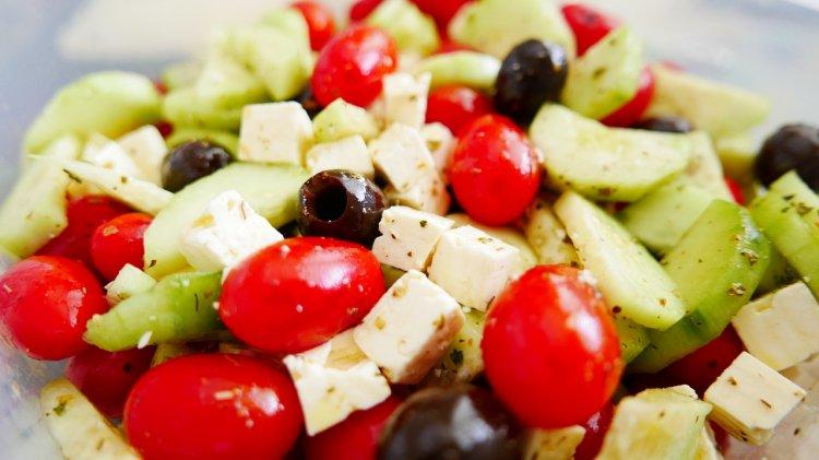 Диетологи назвали самую эффективную и безопасную диету