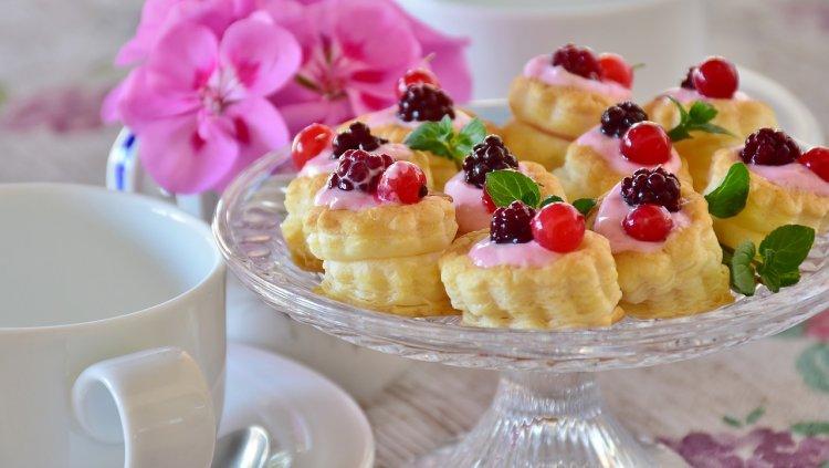 Ученые доказали, что десерт полезней есть перед обедом