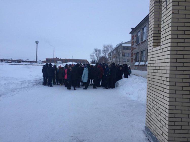 В Башкирии из школы эвакуировали 120 детей