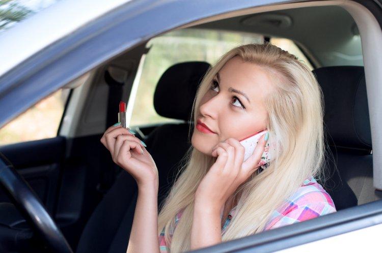 ГИБДД Уфы мечтает о дне без женщин-водителей