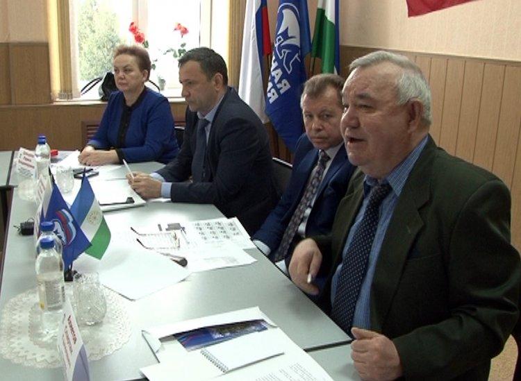 Партийцы поддержали кандидатуру Динара Халилова на должность главы города Салават