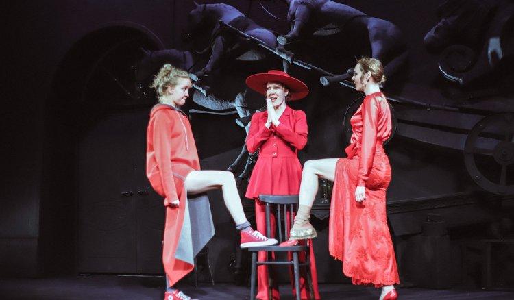 В Русском театре в Стерлитамаке состоялась премьера спектакля по пьесе А.Островского «Доходное место»