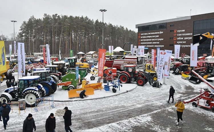 Радий Хабиров посетил в Уфе международную выставку «АгроКомплекс»