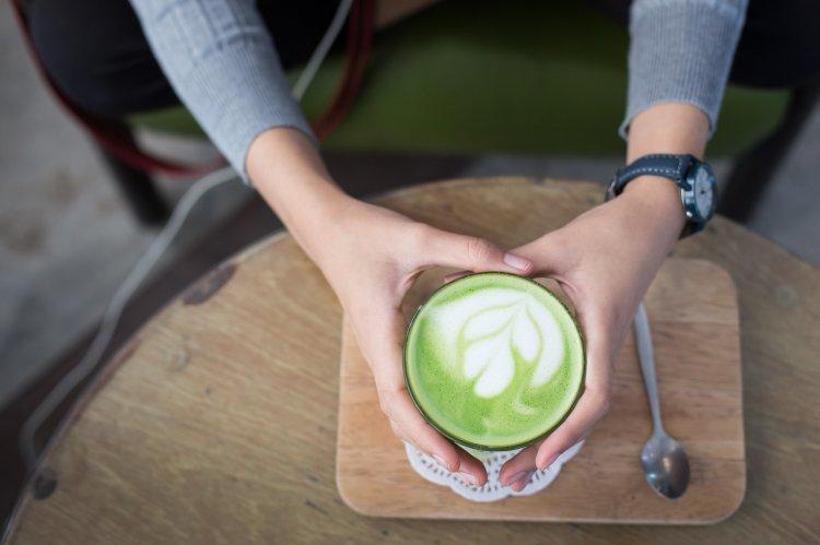 3 полезных напитка, которые легко заменят кофе