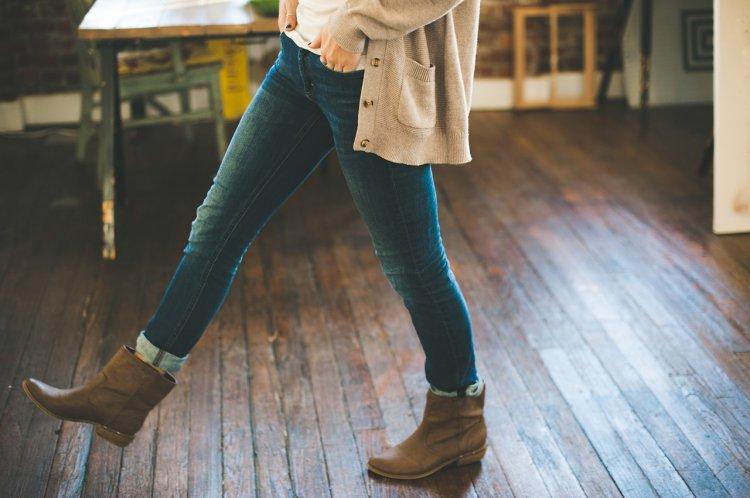 Медики рассказали, как могут навредить организму узкие джинсы