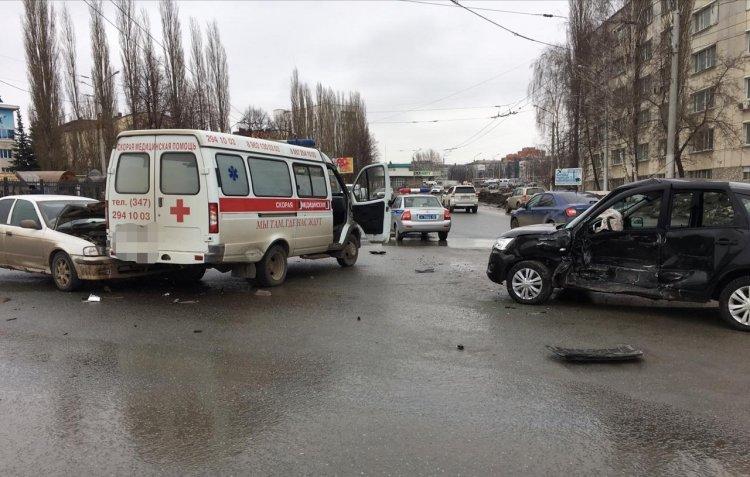 В Уфе 72-летний мужчина погиб в массовом ДТП с участием «скорой»