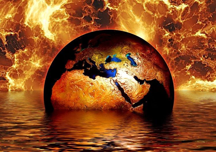 Уфологии предупреждают о конце света на Пасху