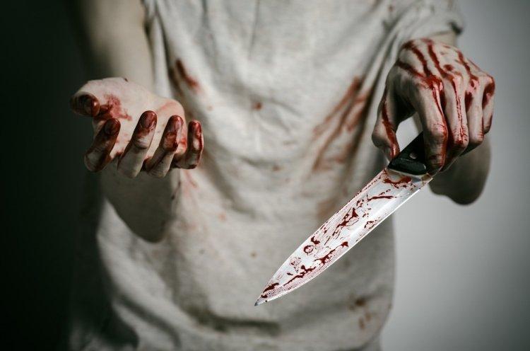 В Башкирии мать бросилась с ножом на 5-летнюю дочь на глазах у других детей