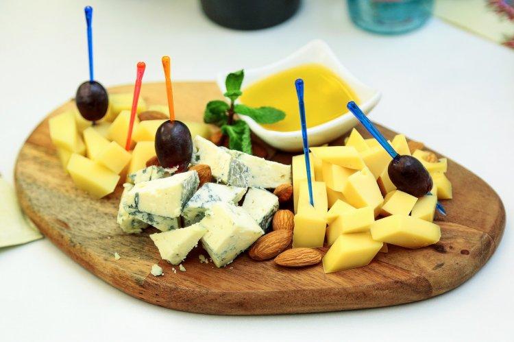 В Башкирии нашли и уничтожили санкционный сыр из Германии