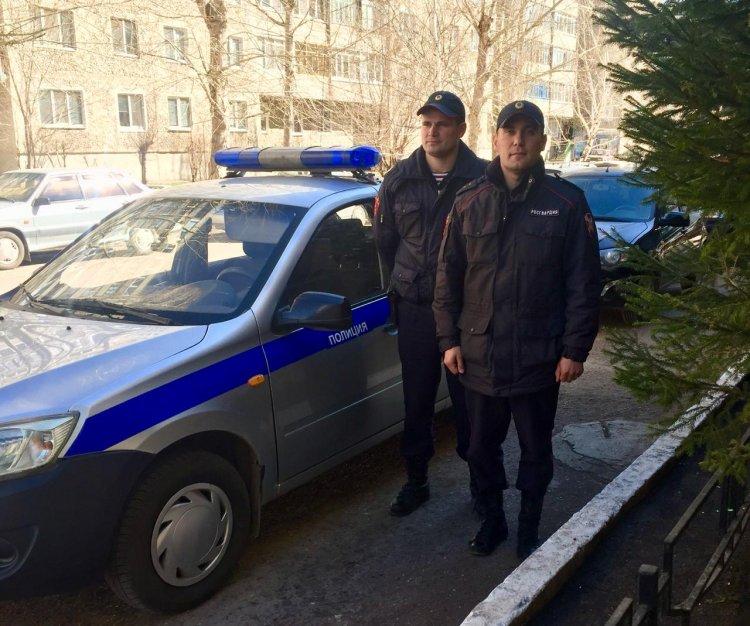В Стерлитамаке  росгвардейцы задержали молодую пару, похитившую из магазина дорогостоящие наушники