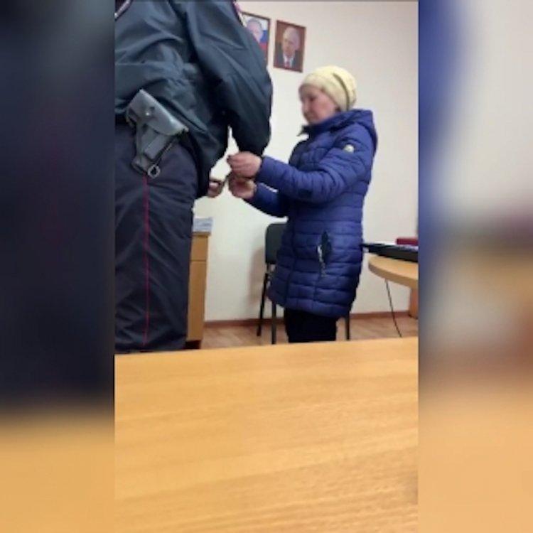 В Башкирии ревнивая женщина заказала убийство любовницы мужа и их ребенка