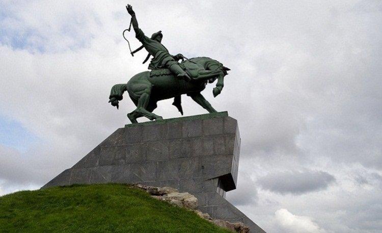 Школьники Башкортостана посетили исторические места Уфы